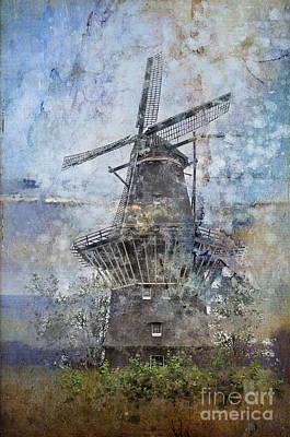 Nederland Digital Art - Windmill In Amsterdam by Barbara Dudzinska
