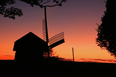 Photograph - Windmill In The Afterglow. by David Freuthal
