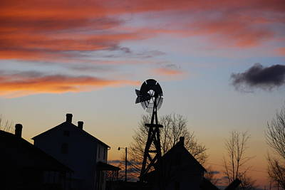 Photograph - Windmill Sunset by Wanda Jesfield