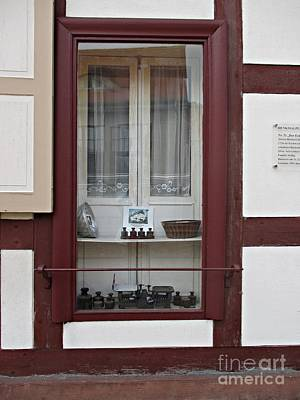 Photograph - Window In Woerlitz by Chani Demuijlder