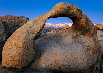 Alabama Hills Photograph - Window Of Wonder by Mike Lang