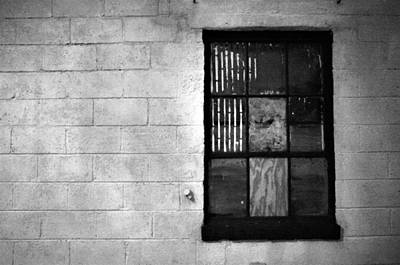 Photograph - Window Pains by Jeanette O'Toole
