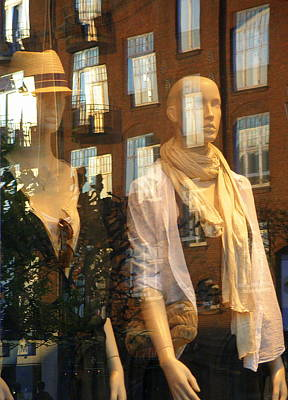 Photograph - Window Shopping by Michael Canning