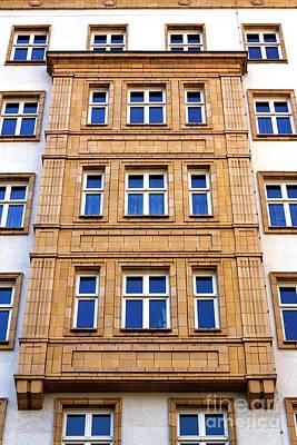 Photograph - Window Style In East Berlin by John Rizzuto