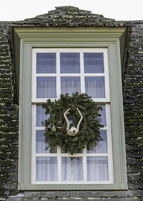 Reconstruction Photograph - Windows Of Williamsburg 18 by Teresa Mucha