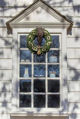 Miniature Shops Photograph - Windows Of Williamsburg 28 by Teresa Mucha