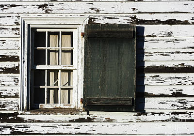 Photograph - Windows On A Revolution by Debra Fedchin
