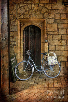 Photograph - Windsor Castle Bicycle by Craig J Satterlee