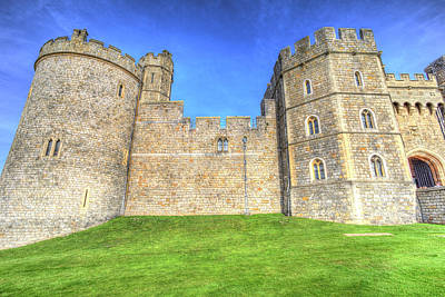 Photograph - Windsor Castle by David Pyatt