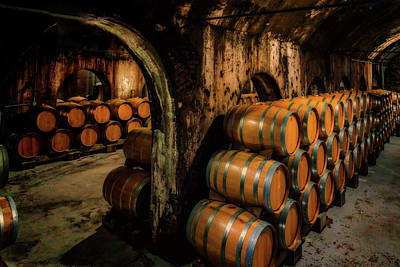 Wine Barrels At Stone Hill Winery_7r2_dsc0318_16-08-18 Art Print