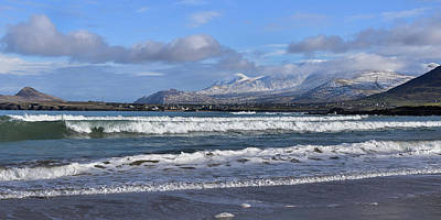 Photograph - Winestrand With View Of Mount Brandon by Barbara Walsh
