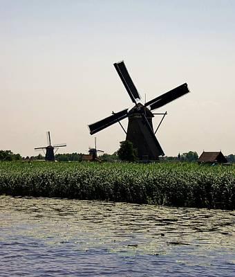Photograph - Winfmill 1 Kinderdijk by Phyllis Spoor