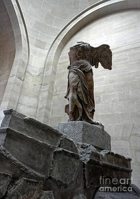 Photograph - Winged Victory - Louvre Museum Paris France by Gregory Dyer