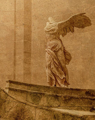 Photograph - Paris, France - Louvre - Winged Victory by Mark Forte