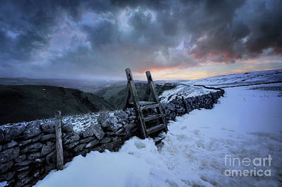 Photograph - Winnats Pass 1.0 by Yhun Suarez