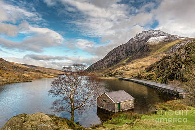Winter At Llyn Ogwen Art Print