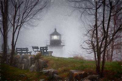 Photograph - Winter Island Lighthouse In Fog by Jeff Folger