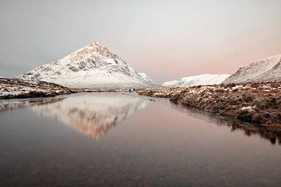Stob Dearg Photograph - Winter Morning Glow by Grant Glendinning