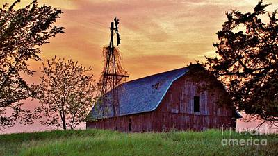 Photograph - Wisconsin Barn II by Marilyn Smith
