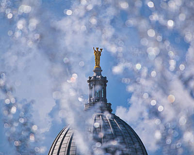 Photograph - Wisconsin Capitol Through Fountain by Steven Ralser