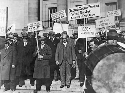 Wisconsin Oleo Protest Art Print by Underwood Archives