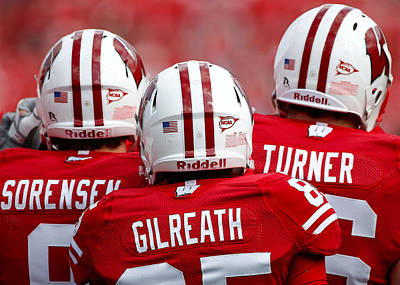 Photograph - Wisconsin Players by Todd Klassy