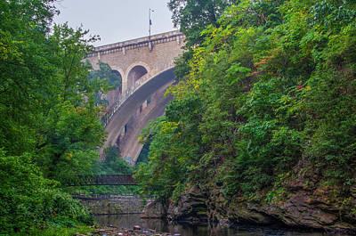 Photograph - Wissahickon Valley Park - Philadelphia by Bill Cannon