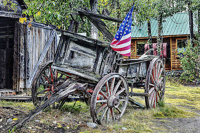 Old Wooden Wagon Painting - Witness History by Iguanna Espinosa