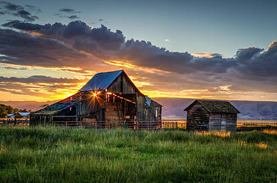 Photograph - Wolff Barn by Brad Stinson