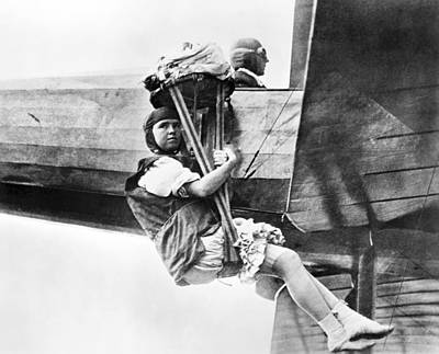 Barnstormer Photograph - Woman Barnstormer, 1913 by Granger