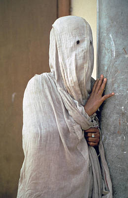 Cotton Muslin Photograph - Woman In Purdah by Carl Purcell