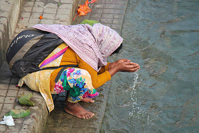 Woman Taking Darshan With Ma Ganga, Haridwar Art Print by Jennifer Mazzucco