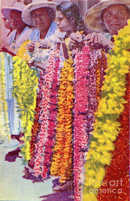 Photograph - Women Lei Vendors by Hawaiin Legacy Archive