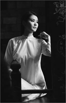 Photograph - Women Vietnam by Tran Minh Quan