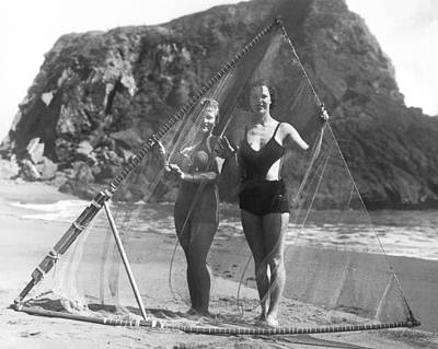 Bodega Bay Photograph - Women With Surf Fishing Net by Underwood Archives