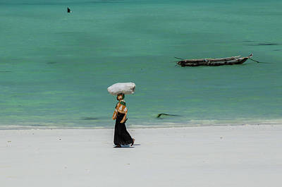 Photograph - Women Worker by Mache Del Campo