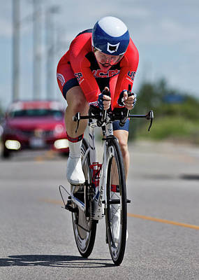 Photograph - Womens Individual Time Trial No 6 by Brian Carson