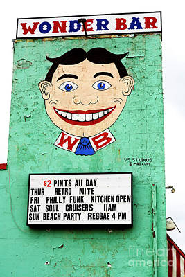 Photograph - Wonder Bar Tillie by John Rizzuto