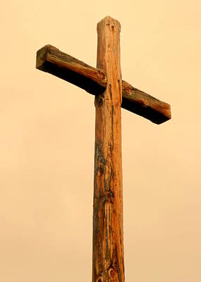 Wooden Cross Art Print by Cindy Wright