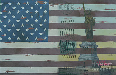 4th Of July Mixed Media - Us Wooden Flag With Statue Of Liberty by To-Tam Gerwe
