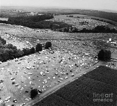Photograph - Woodstock Festival by Granger