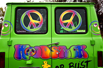 Photograph - Woodstock Hippie Van by Glenn Gordon