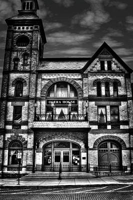 Photograph - Woodstock Opera House by Roger Passman