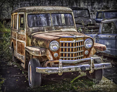 Photograph - Old Woodie by Walt Foegelle