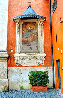 Photograph - Work Of Art In The Trastevere Neighborhood In Rome Italy by Richard Rosenshein