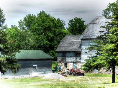 Photograph - Working Farm by Leslie Montgomery