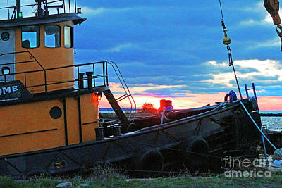 Photograph - Working Tug by Debbie Parker