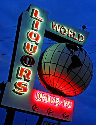Photograph - World Liquors Drive In by Elizabeth Hoskinson