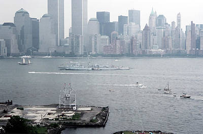 Studio Grafika Science - World Trade Center and OpSail 2000 July 4th Photo 7 by Sean Gautreaux