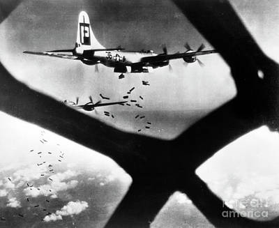 B29 Photograph - World War II B-29 1945 by Granger